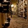 Notre cave, élaborée par Mr Notaroberto, un passionné, est exceptionnelle : nous avons plus de 1000 vins à la carte.